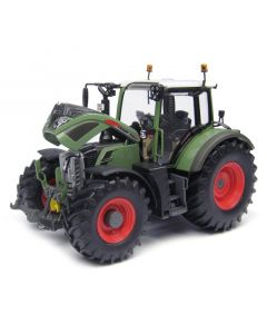 Fendt 724 Vario Universal Hobbies 1:32