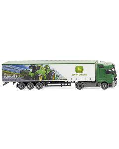 Ciągnik siodłowy MB Actros z modelem reklamowym John Deere