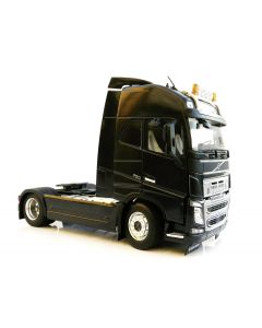 Volvo FH16 4x2 czarne MarGe Models 1:32