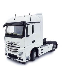 Mercedes-Benz Actros StreamSpace 4x2 biały MarGe Models 1:32