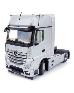 Mercedes-Benz Actros GigaSpace 4x2 srebrny