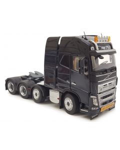 Volvo FH16 8x4 antracyt MarGe Models 1:32